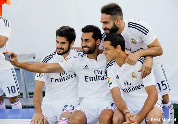 selfie-en-el-real-adrid-jugadores-futbol-wanaleads-marketing