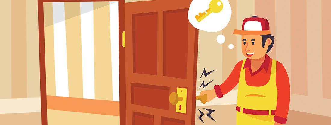 Cerrajero abriendo una puerta